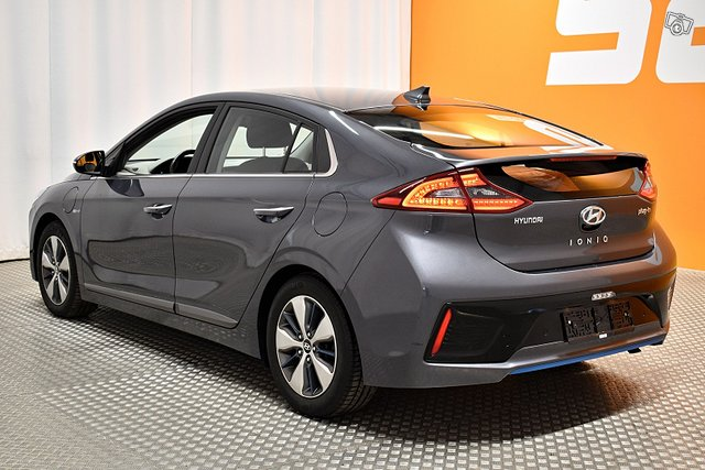 Hyundai IONIQ Plug-in 5