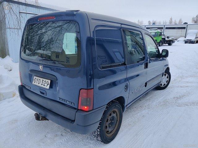 Peugeot Partner 8