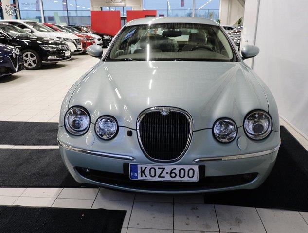 Jaguar S-Type 8