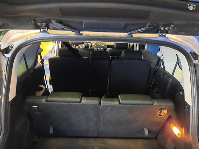 Mazda Mazda5 11