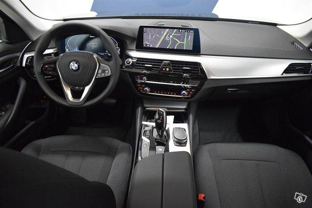 BMW 530 7