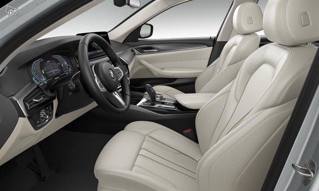 BMW 530 3