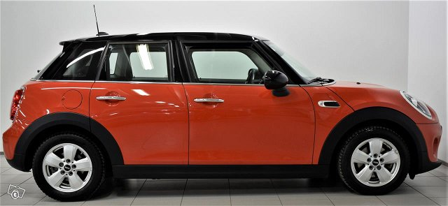 MINI Hatchback 4