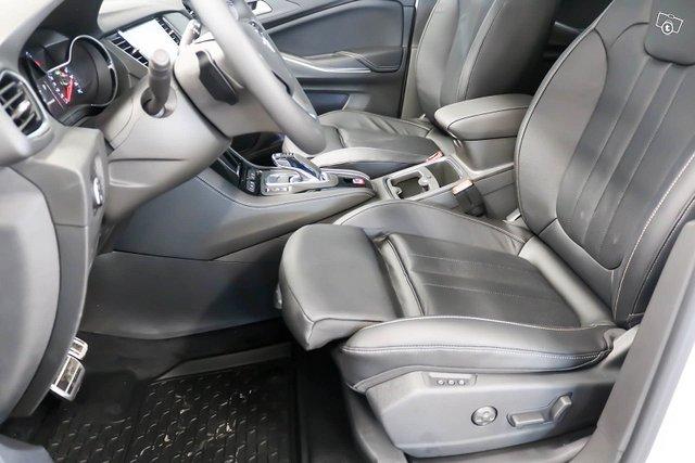 Opel Grandland X 6