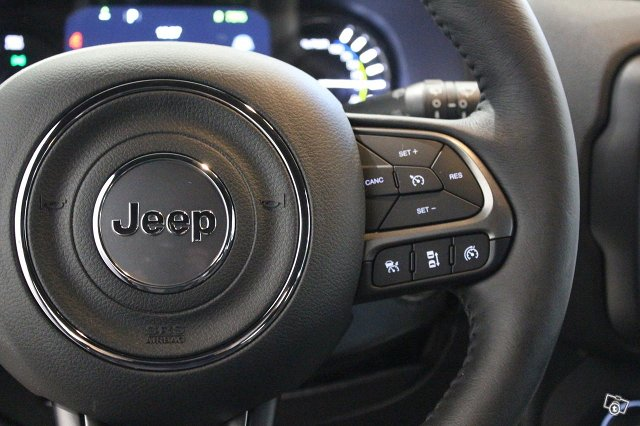 Jeep Renegade 12