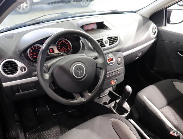 Renault Clio III 14