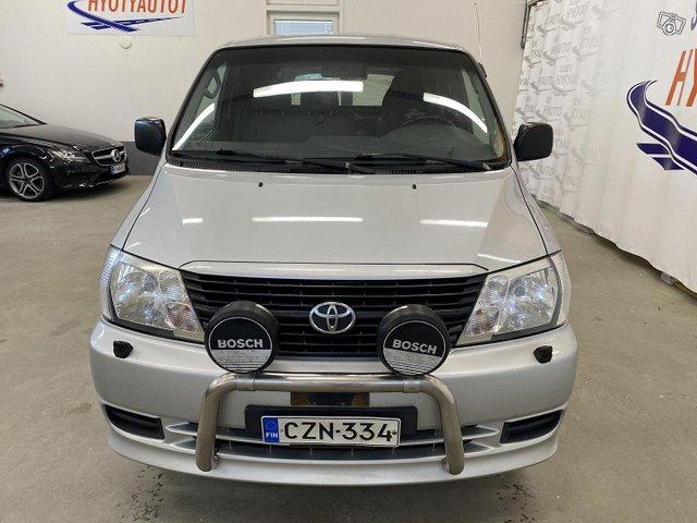 Toyota Hiace 5