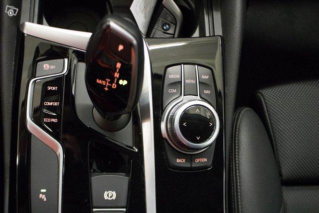 BMW 520 11