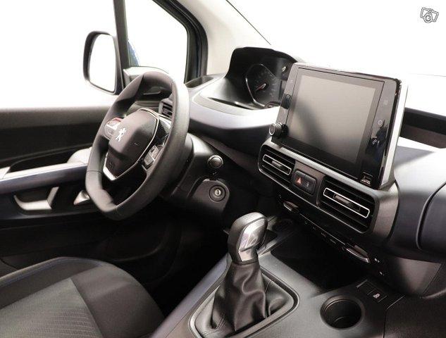 Peugeot Rifter 9