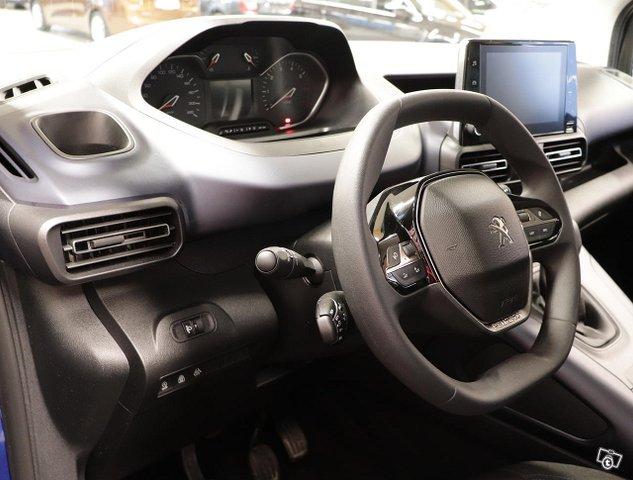 Peugeot Rifter 11