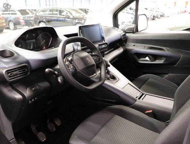 Peugeot Rifter 12