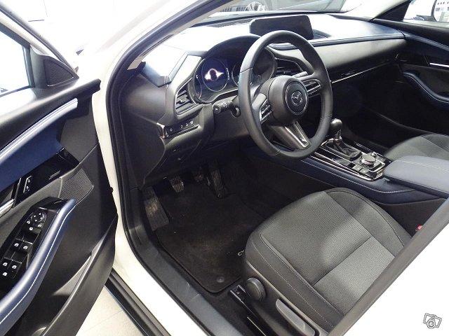 Mazda CX-30 3