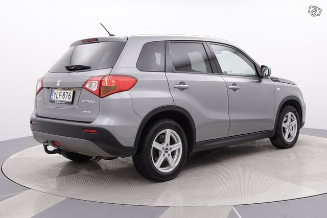 Suzuki Vitara 5