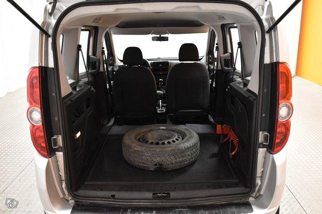 Fiat Doblo 11