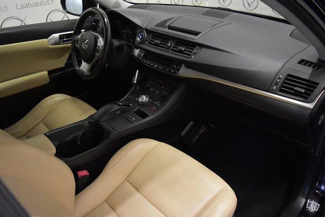 Lexus CT 14