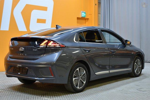 Hyundai IONIQ Plug-in 4