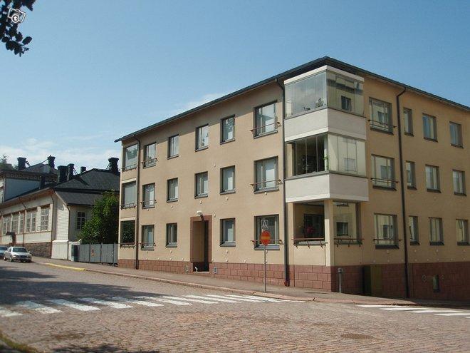Kotka Kotkansaari Korkeavuorenkatu 6 2h+kk+s