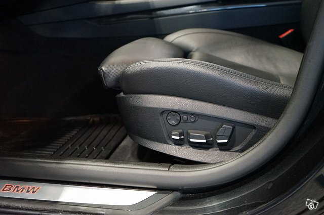BMW 740 21