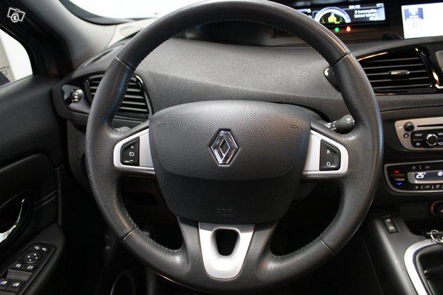 Renault Grand Scenic 24