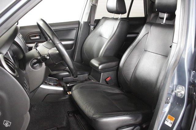 Suzuki GRAND VITARA 8