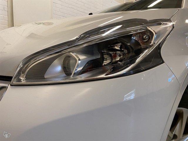 Peugeot 208 20