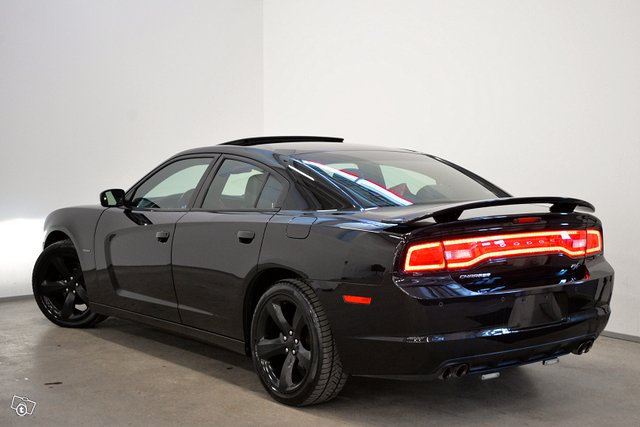 DODGE CHARGER 4