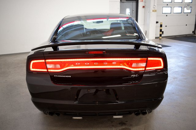 DODGE CHARGER 21