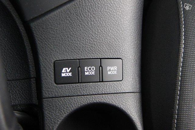 Toyota AURIS 20
