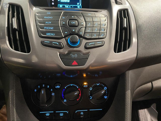 FORD Transit Connect 8
