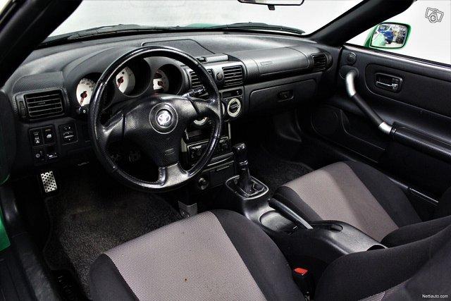 Toyota MR2 9