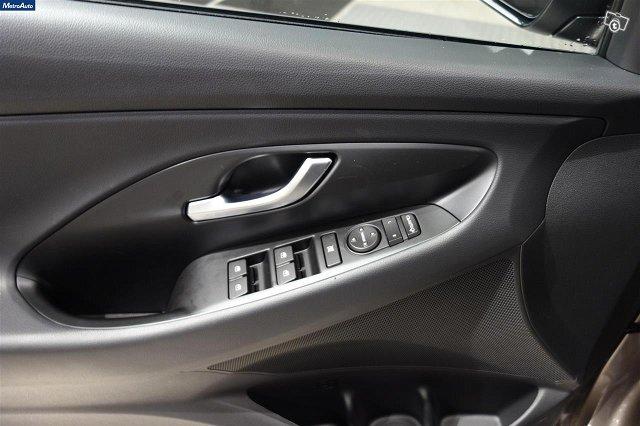 Hyundai I30 Hatchback 17