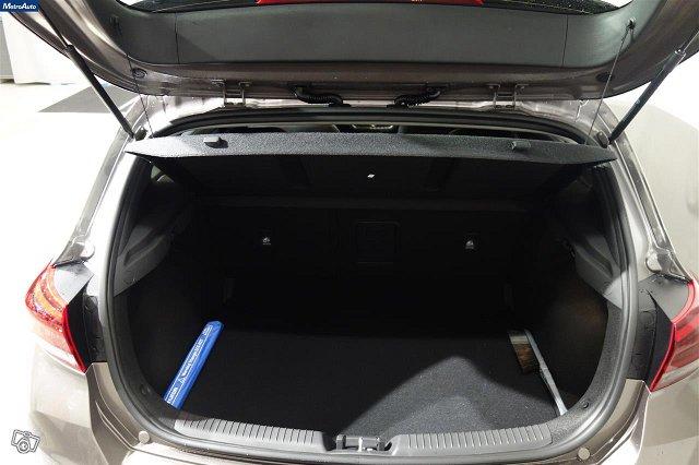 Hyundai I30 Hatchback 18