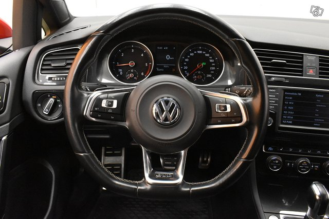 Volkswagen Golf 13