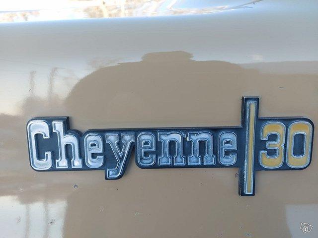 Chevrolet Cheyenne 13