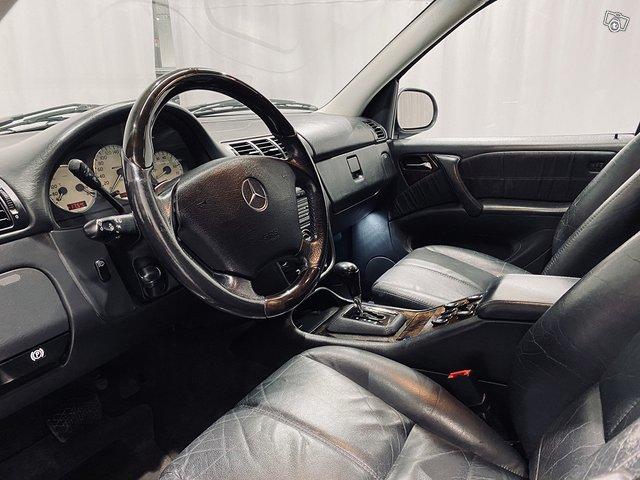 Mercedes-Benz ML 55 AMG 4