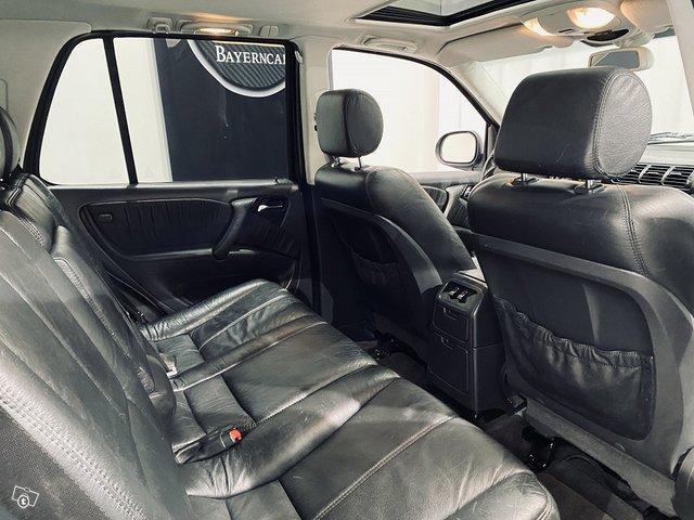 Mercedes-Benz ML 55 AMG 11