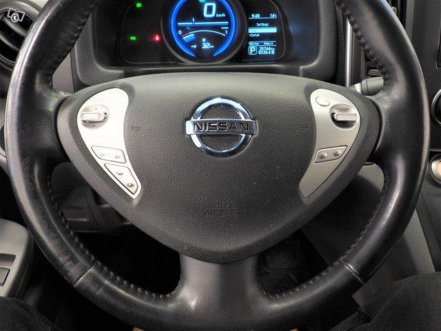 Nissan E-NV200 15