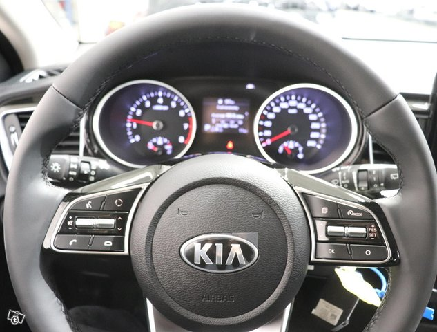 Kia Ceed 11