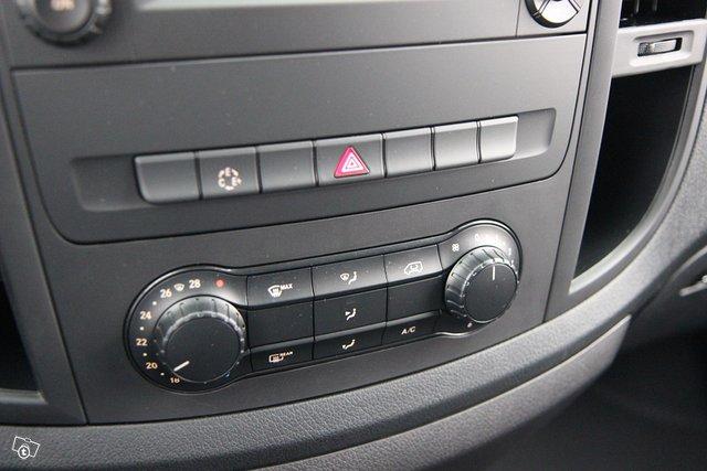 Mercedes-Benz VITO 18