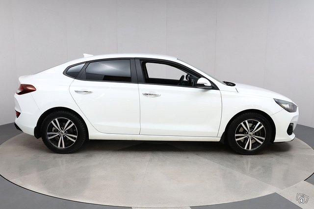 Hyundai I30 FASTBACK 7