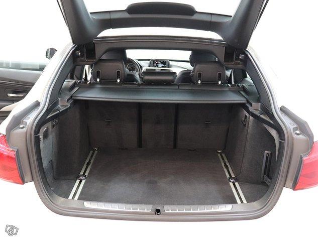 BMW 320 Gran Turismo 16