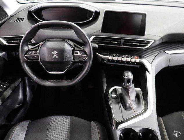 Peugeot 3008 6