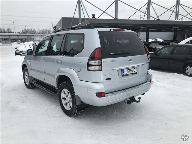 TOYOTA LAND CRUISER 3
