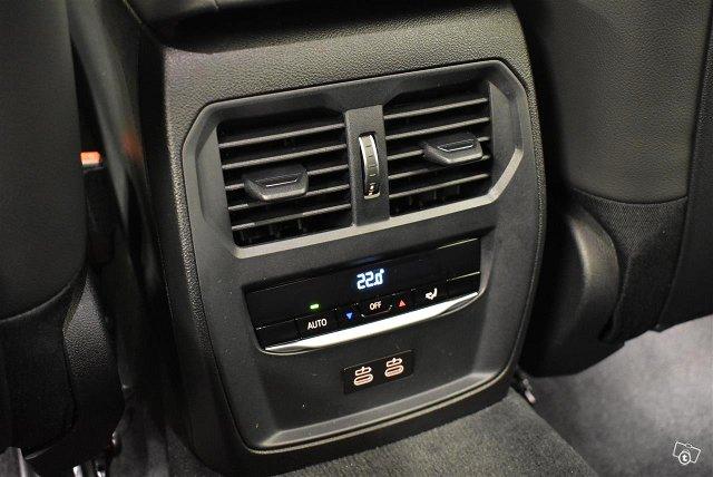 BMW 330 14
