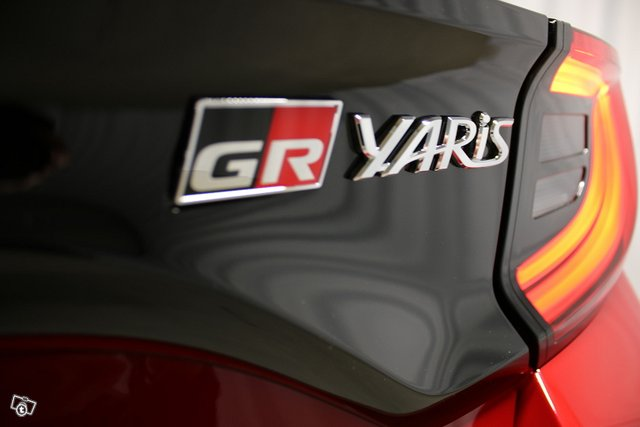 Toyota GR Yaris 17
