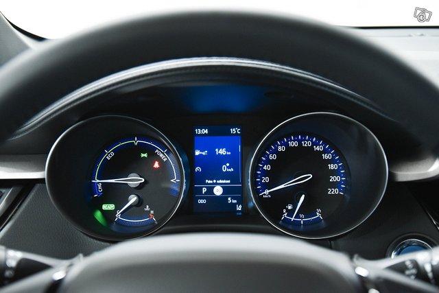 Toyota C-HR 10