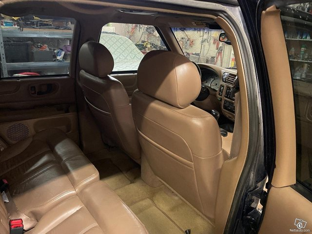 Chevrolet Blazer 6