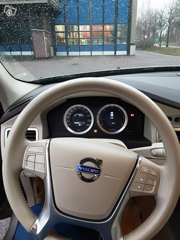 Volvo S80 12