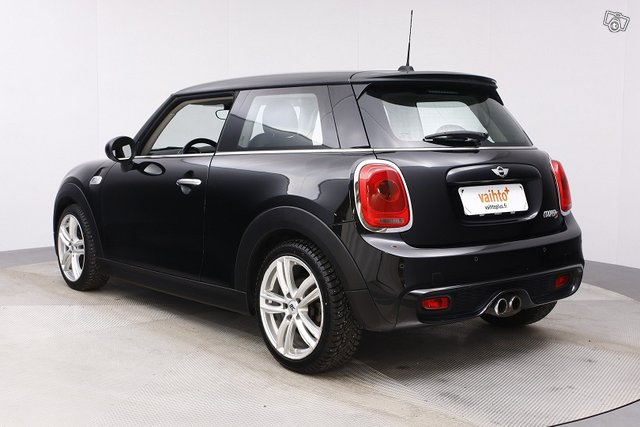 Mini HATCHBACK 3