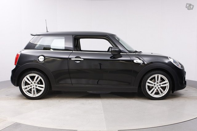 Mini HATCHBACK 6